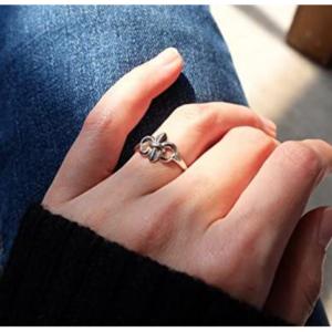 moda anillo Flor de Lis